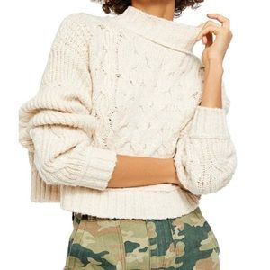🆕Free People Merry Go Round Sweater